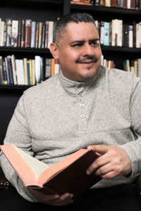 Alex Urbina Author